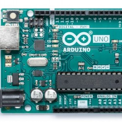 Official Arduino UNO Rev3